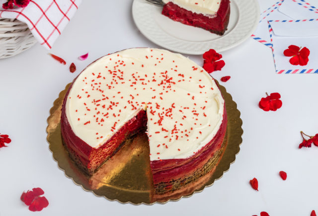 Red Velvet Cheesecake Pro