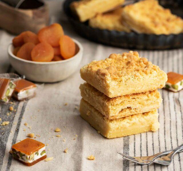 Apricot Cream Cheese Bars