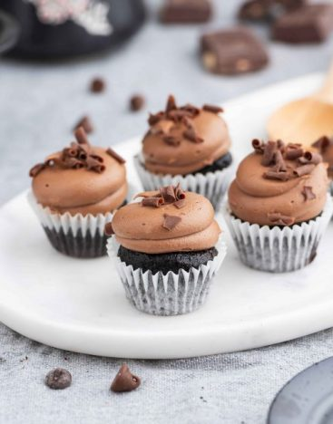 Mini-Double-Chocolate-Cupcake