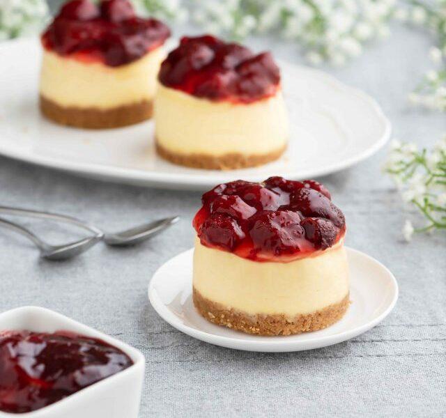 Mini-Strawberry-Cheesecake-
