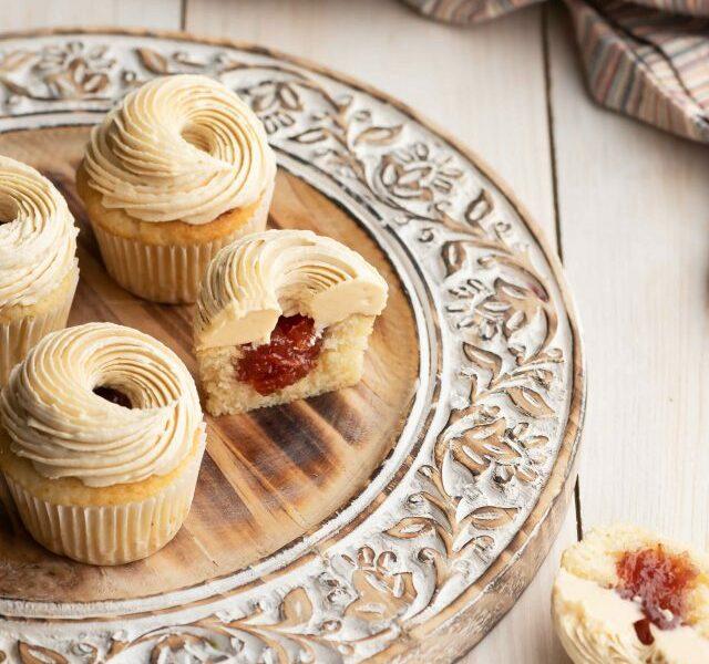 Peanut-Butter-&-Jelly-Cupcake