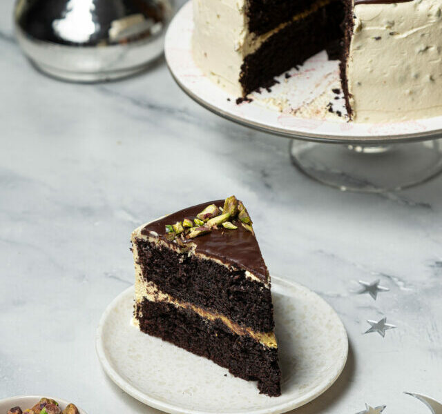 Pistachio Chocolate Cake 2